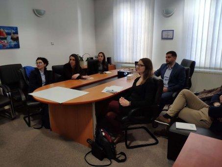 Zástupcovia Ministerstva financií a hospodárstva Albánska v INESS