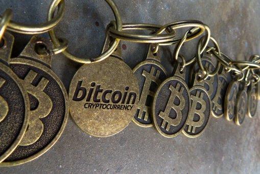 """""""Bitcoin je podvod"""""""