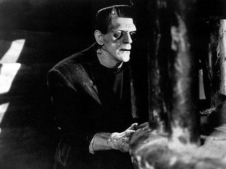Čína prebúdza peňažného Frankensteina