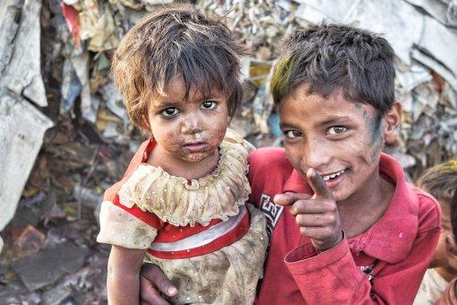 Menej chudoby, alebo viac nerovnosti?