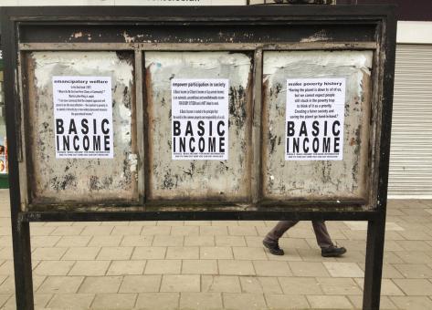 Víťazi a porazení základného príjmu