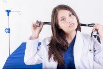 Pripravme sa na svet s menej zdravotníkmi